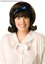 Brunette wig with flip